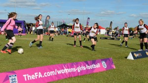 girls-football-festival