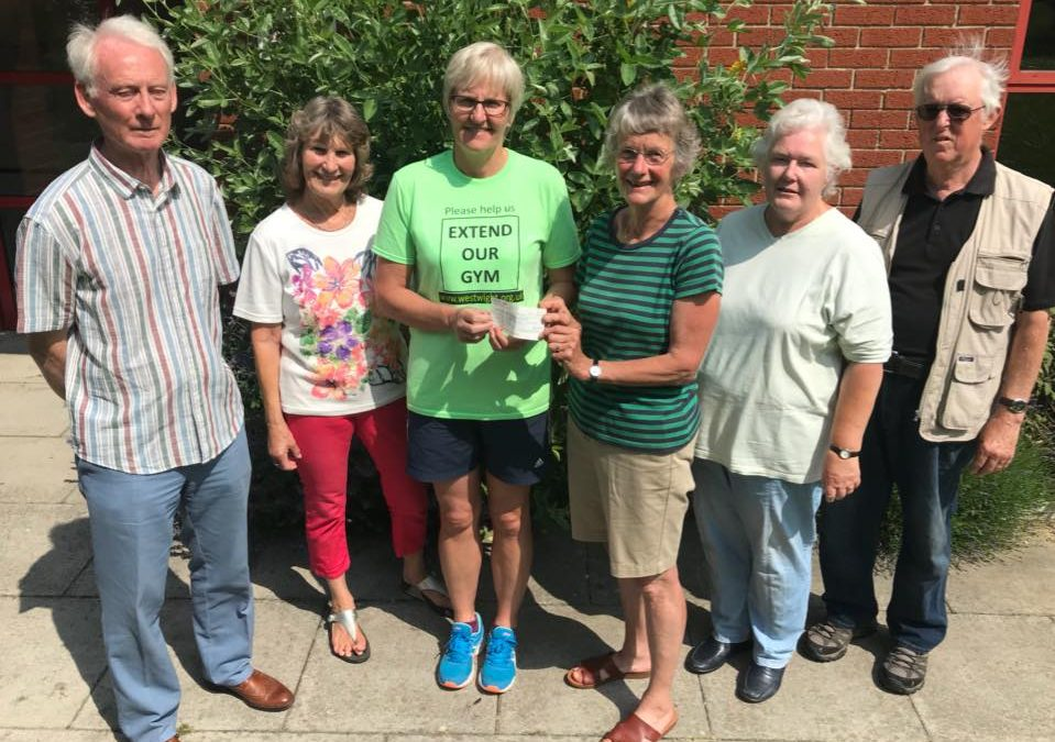 Freshwater Bay Residents Association donate to EXTEND OUR GYM